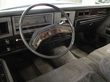 1978 Lincoln Continental TC instrument panel.jpg