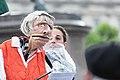 2-Meter-Abstand Demo für Kunst und Kultur Wien 2020-05-29 11 Manuela Linshalm Resi Resch.jpg