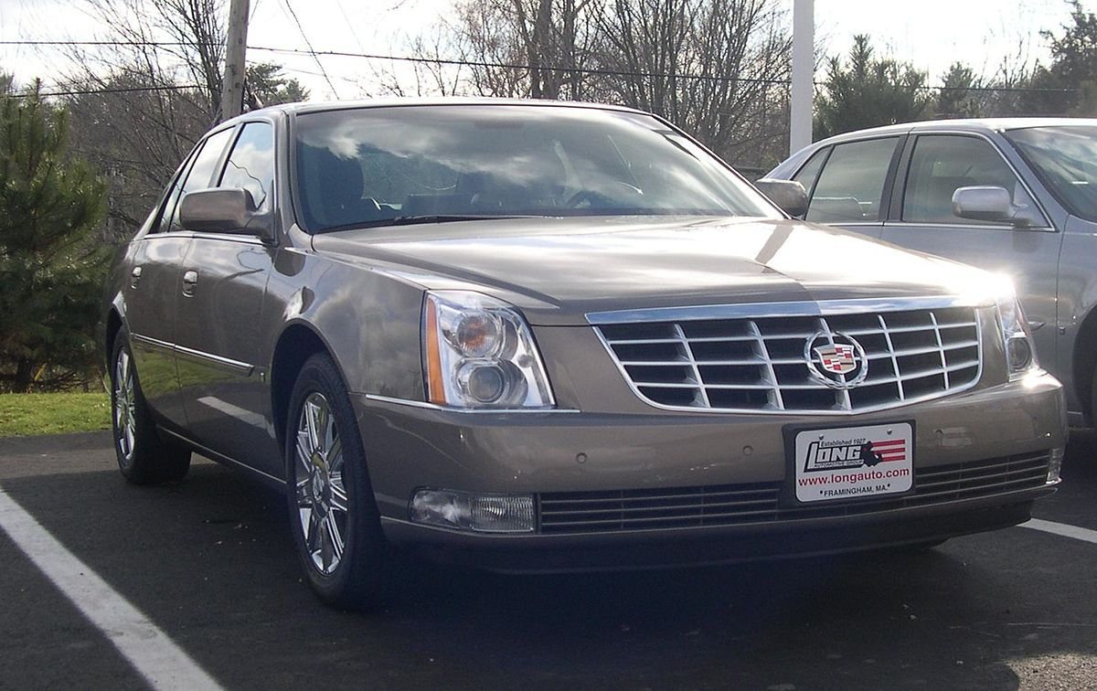 seats loaded miles dts htd sedan vehicle photo clean details cooled lthr low cadillac