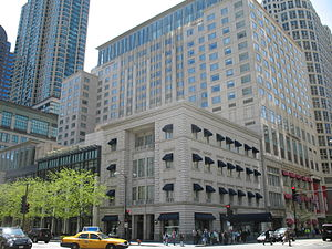 The Peninsula Chicago - The Peninsula Hotel viewed from North Michigan Avenue.