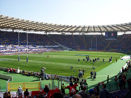 Riscaldamento dei giocatori della Nazionale italiana di rugby prima del  match del Sei Nazioni 2012 contro la Scozia allo stadio Olimpico di Roma d824b8f97985