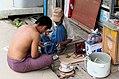 20160810 Uliczny warsztat Pyain Mjanma 9603 DxO.jpg