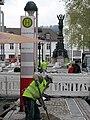 2017-11-13, Stadtbahn-Haltestelle Siegesdenkmal mit Siegesdenkmal in Freiburg.jpg