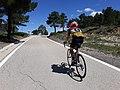2020-06-13 Ciclista pujant al Port de El Remedio 01.jpg