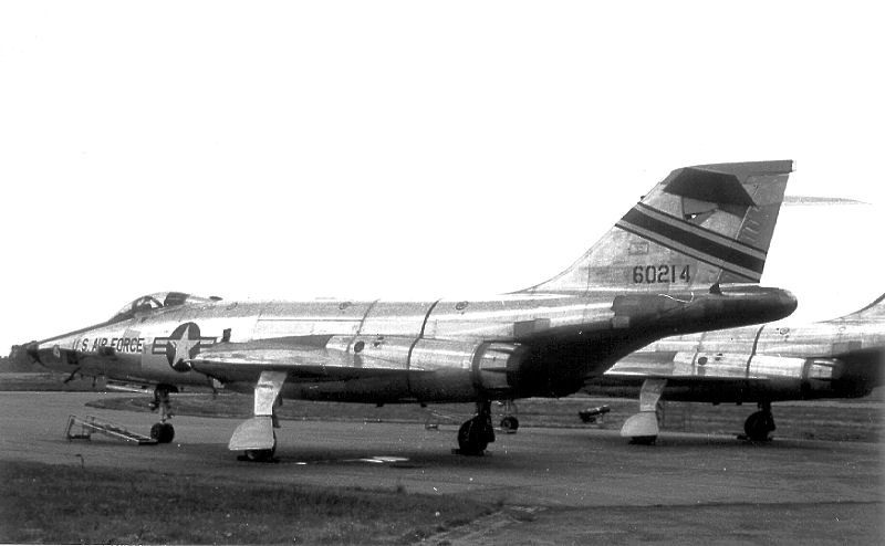 38th Tactical Reconnaissance Squadron - McDonnell RF-101C-55-MC Voodoo - 56-214