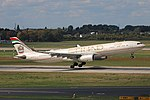 A6-AFD Airbus A330-300 Etihad Airways DUS 2018-09-01 (2a) (44253934424).jpg