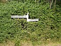 A nearly lost signpost - geograph.org.uk - 1504568.jpg