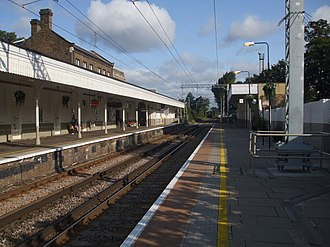 Acton Central railway station - Image: Acton Central stn look north