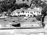 Aerial view of the Kennedy family home in Palm Beach, Florida (10999217183).jpg
