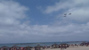 File:Air Force Fly By on Tel Aviv Beach P1140140.ogv