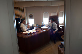 Boeing VC-25 - President Barack Obama meets with Rep. Dennis Kucinich, D-Ohio, aboard Air Force One en route to Cleveland, Ohio, March 15, 2010.