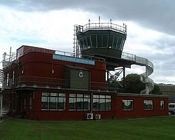 Air Traffic Control, RAF Linton-on-Ouse - geograph.org.uk - 430535.jpg