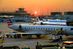 Airport Sunset, O'Hare, Chicago (marcegottlieb wikimedia).png