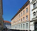 Akademisches Gymnasium Graz, Seitenansicht.jpg