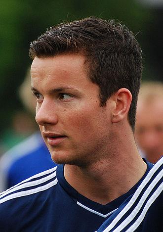 Alexander Baumjohann - Baumjohann training with Schalke 04 in 2011