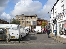 Alford - Market Place - geograph.org.uk - 1499408.jpg