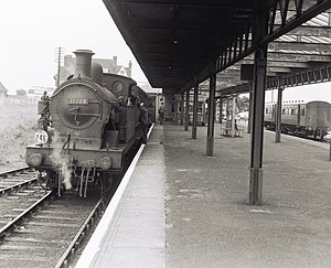 Allhallows-on-Sea railway station - SECR H Class at station in 1958.