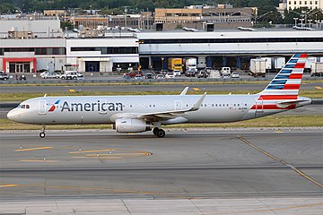 American Airlines, N114NN, Airbus A321-231 (20155141896).jpg