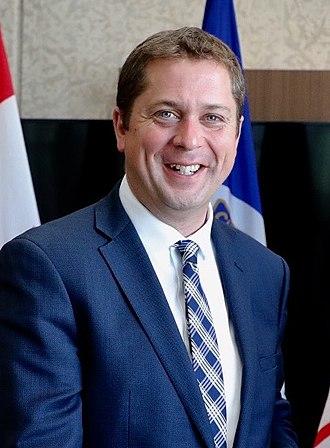 Andrew Scheer - Image: Andrew Scheer with Winnipeg Mayor Brian Bowman (37017567232)