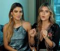 Ariadna Gutiérrez y Laura Tobón 4.png