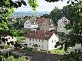 Ausblicke vom Pfarrberg - Blick auf die Siedlungshäuser an der Neueroder Straße - Meinhard-Grebendorf - panoramio (1).jpg