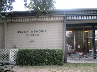Cleveland, Texas - Austin Memorial Center is the public library in Cleveland.