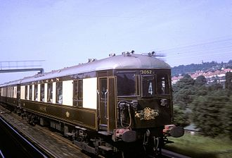 Brighton Belle - The Brighton Belle passing Purley Oaks at speed in June 1964.