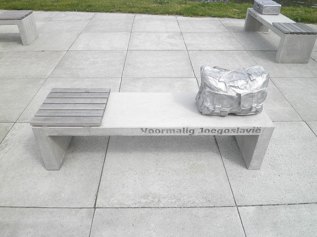 File bagage voor het leven joegoslavi jpg wikimedia commons - Vloer voor het leven ...