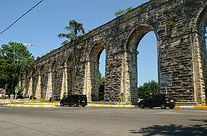 Bahçeköy, Sarıyer - Bahçeköy Aqueduct.