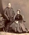Baron Simeon von Sina mit Gattin.png