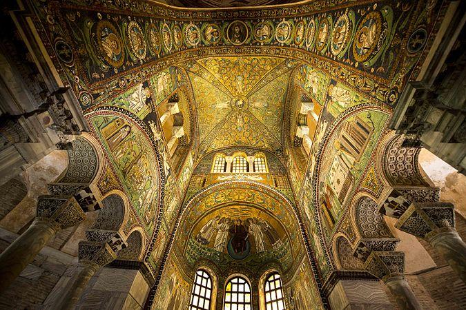 Basilica San Vitale pregi.jpg