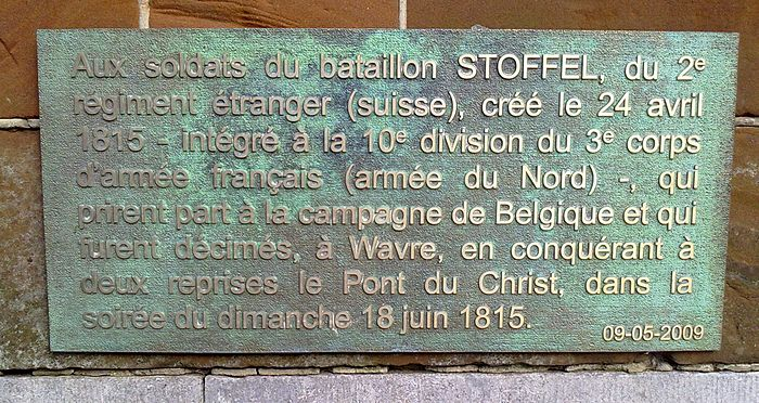 Commemorating plaque to the 1815 battle. Dyle bridge, Wavre. Bataillon Stoffel 1815.jpg