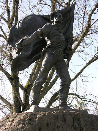 California Historical Landmarks in Sonoma County, California - Image: Bear Flag Revolt Monument, Sonoma Plaza
