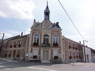 Beaurevoir - The town hall of Beaurevoir