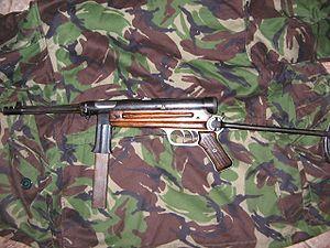 Beretta M3 - Image: Beretta 38 42
