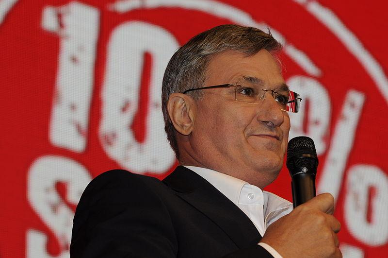 Datei:Bernd Riexinger Die Linke Wahlparty 2013 (DerHexer) 03.jpg
