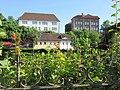 Blick über den Gartenzaun zum Hochzeitshaus und der Volkshochschule - Eschwege Mangelgasse - panoramio.jpg