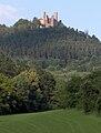 Blick aus dem Werratal zur Burgruine Hanstein.jpg