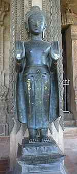 Les mudrâ 150px-Bouddha_Abhaya-Mudra