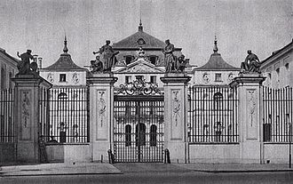 Brühl Palace, Warsaw - Main gate and the corps de logis.