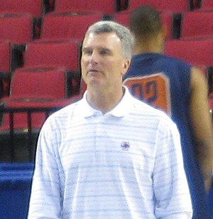 Bruce Weber (basketball) - Weber at Illinois open practice prior to the 2009 NCAA Tournament.