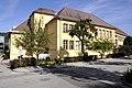 Brueckl Franz-Oman-Platz 6 Volksschule 10092012 205.jpg