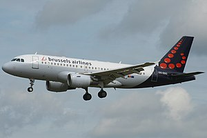 Brussels Airlines A319-112 (OO-SSG) landing at Brussels Airport (1).jpg
