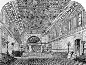 La Sala da Ballo di Stato � la sala pi� grande di Buckingham Palace. Venne aggiunta dalla regina Vittoria ed � usata per le investiture e i pranzi di stato.