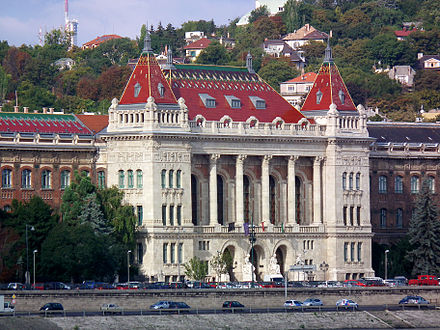 Main Building of the Budapest University of Technology and Economics, it is the oldest institute of technology in the world, founded in 1782 Budapest, Muszaki Egyetem.jpg