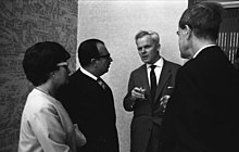 Ewald Bucher (centre) en 1964