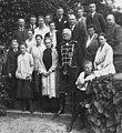 Bundesarchiv Bild 183-R11236, August von Mackensen mit Familie (cropped1).jpg