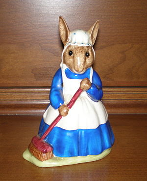 "Royal Doulton Bunnykins - Royal Doulton Bunnykin figurine Mrs. Bunnykins ""Clean Sweep"", DB6, 1972-1991. From a design by Walter Hayward, modeled by Albert Hallam"