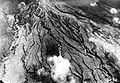 COLLECTIE TROPENMUSEUM Luchtfoto van de lava die tijdens de uitbarsting in 1930 uit de vulkaan G. Merapi (Midden-Java) stroomde op 40 meter van de top gemaakt TMnr 10004300.jpg