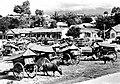 COLLECTIE TROPENMUSEUM Minangkabauers-markt op Sumatra TMnr 10002538.jpg